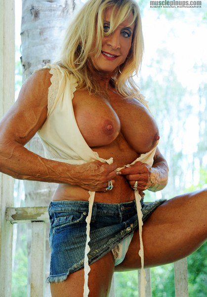 Texas tease Alana Snow heats up the porch.