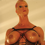 KATHY AMAZON : DOM WITH A BIG CLIT AND A WHIP IS HOT MUSCLE CLIPS FEATURE VIDEO CLIP