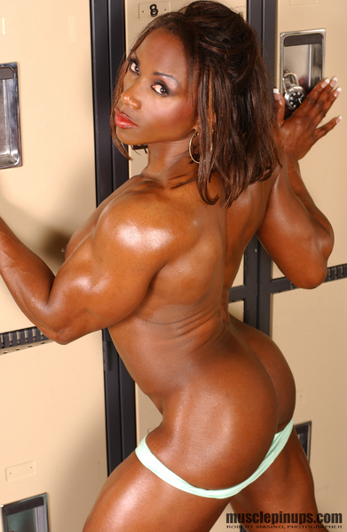Free porn female bodybuilders — photo 8