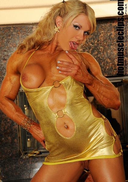 Blonde muscle girl ordinary people can039t meet - 1 part 10